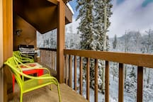 Entertain, wine & dine on our 102 sq ft deck with Weber 3-burner grill, coffee/patio table, 4-6 chairs.