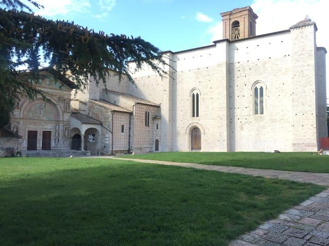 Caratteristico e nuovo appartamento Perugia centro - Perusa - Casa