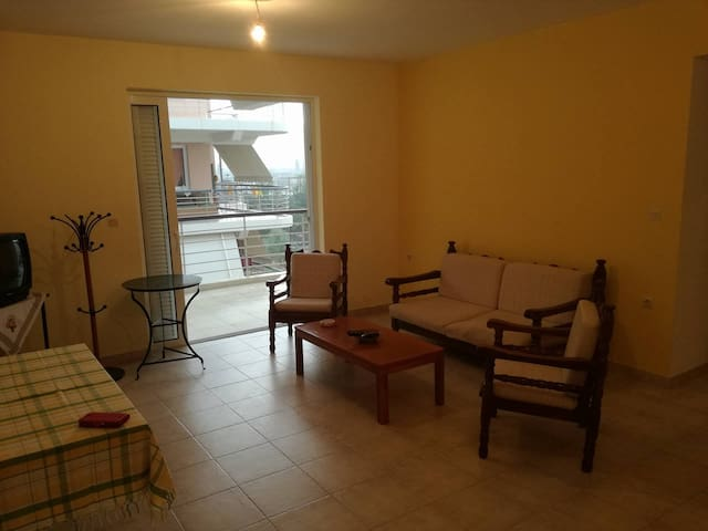Apartment in Paralio Astros near the sea