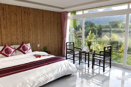 Mai Chau Sunset Boutique Hotel, Pomcoong village,