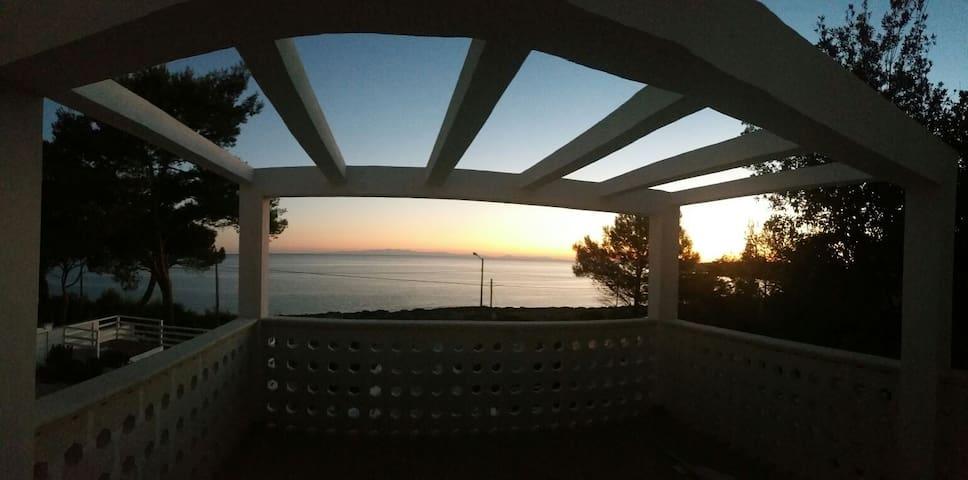 Villa Satyria 2 (Eden) - Pulsano - Bed & Breakfast