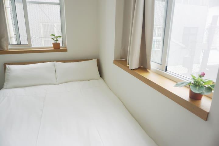 Room 1 磨石子雙人套房