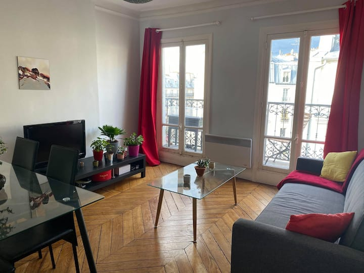 Appartement avec vue sur Montmartre