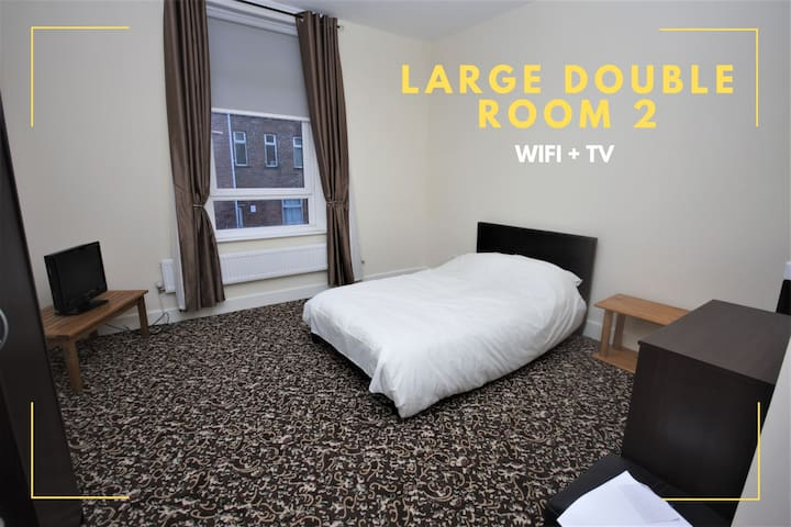 Barrow In Furness | Large Double Room 2 NEW REFURB