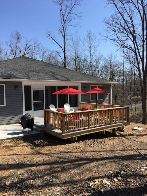 Grill-out and enjoy the deck, patio and screened in porch!