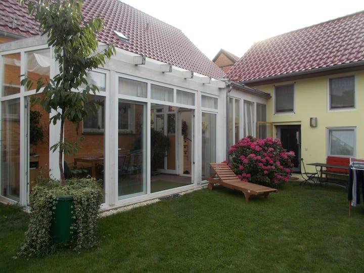 Gemütliches Gartenhaus