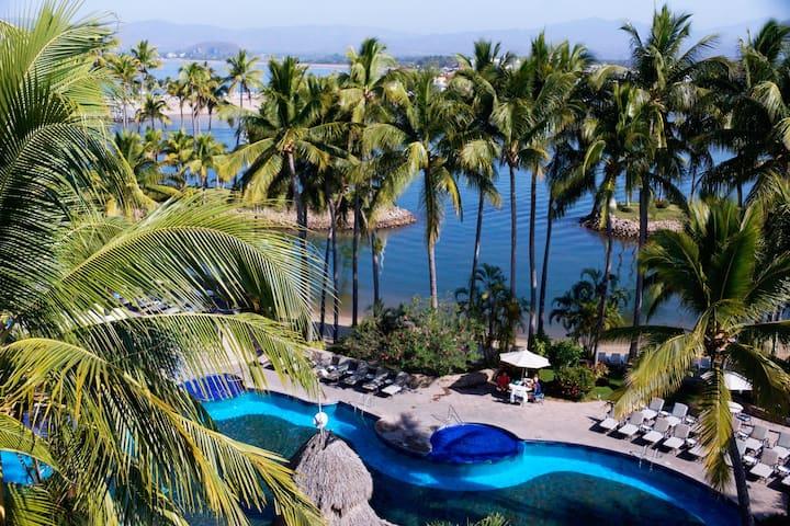 1 Bedroom Villa  -  Grand Isla Navidad