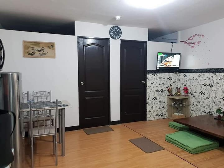 GeePee's PLACE/free pickup airport/imus/bacoor