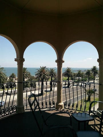 St Kilda, in front of the beach! - Saint Kilda - Apartment
