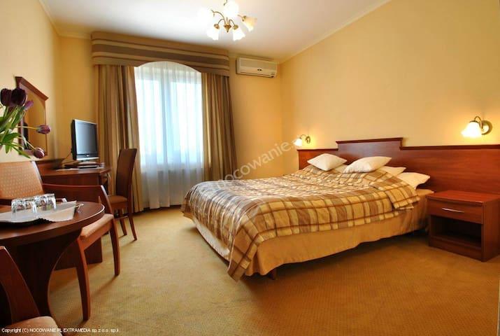 Pokoje gościnne Płock Amore