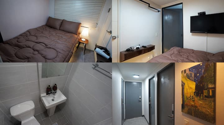 #31 Sinchon Sta 2mins Hongdae 8mins Blue Mansion