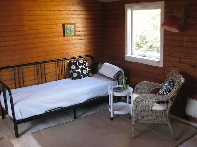 UNIQUE DANISH SUMMER COTTAGE FOR TWO NEAR BEACH!!! - Rude - Chatka
