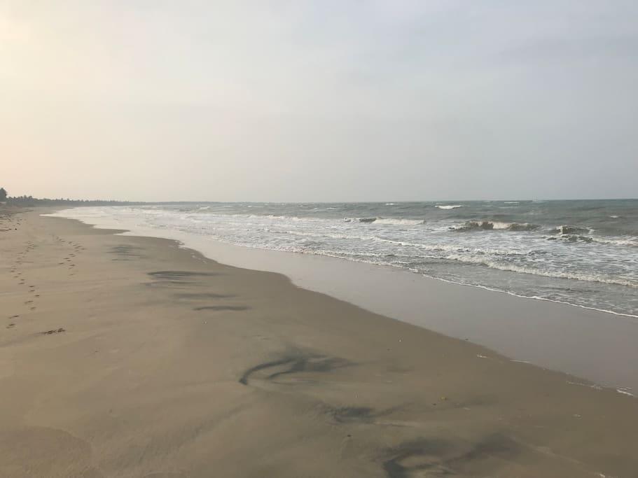Long 6 km beach
