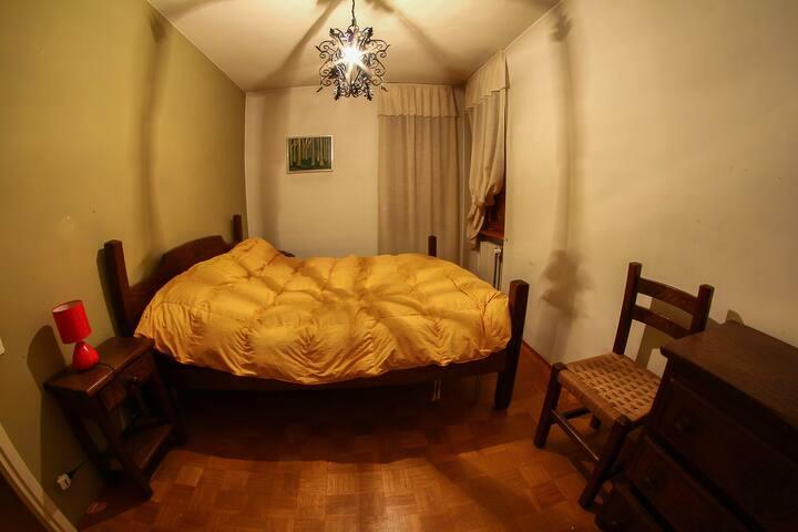 Stanza privata in appartamento condiviso - Bardonecchia - Lägenhet