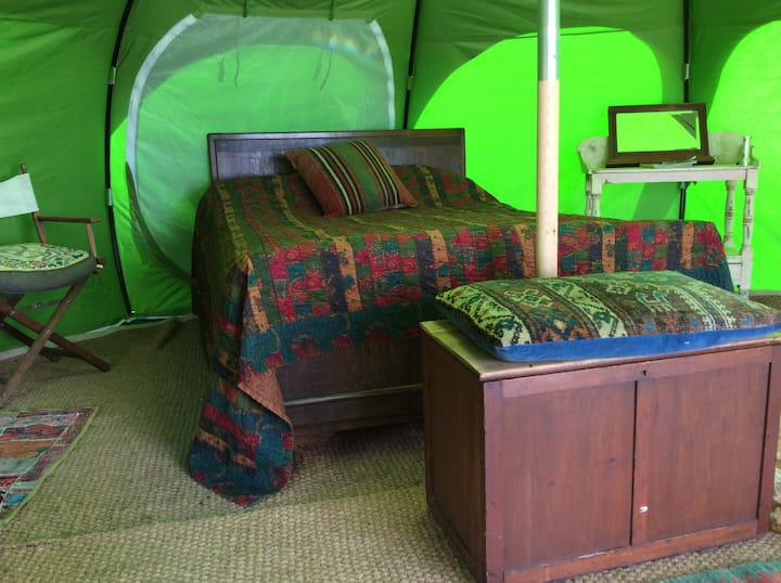 Luxury Glamping Belle Tent at Seaside Smallholding