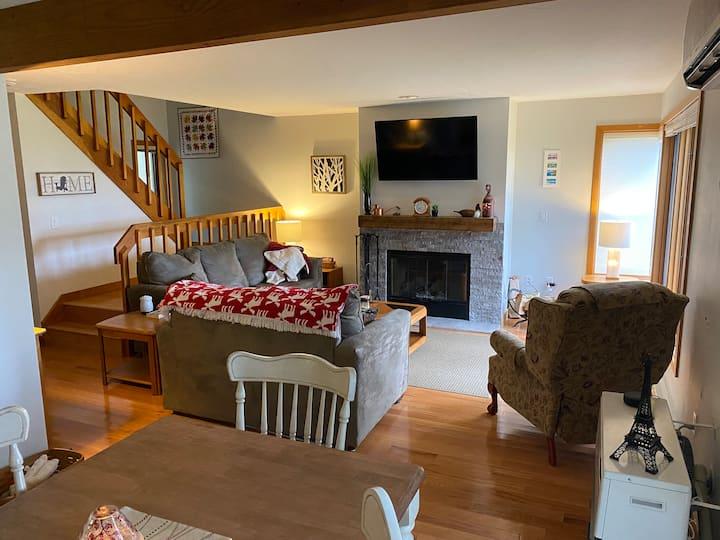 2 Bedroom Condo on Lake Winnipesaukee