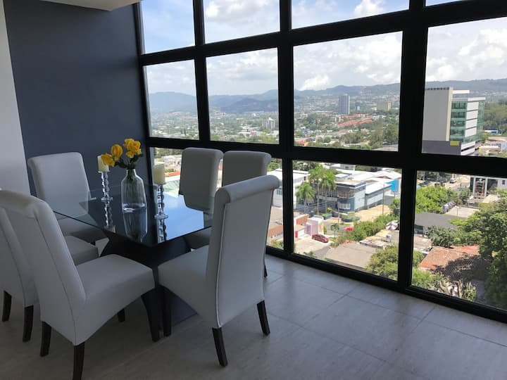 Best Location San Salvador,  Escalón, Torre Futura