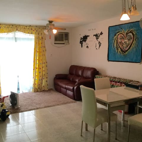 Home stay in Tai Po, NT Hong Kong. - Tai Po New Territories - บ้าน