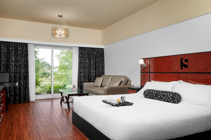 River View Boutique Suite