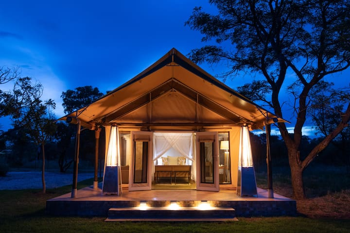 All Inclusive Luxury Game Lodge 2 Sleeper Suites