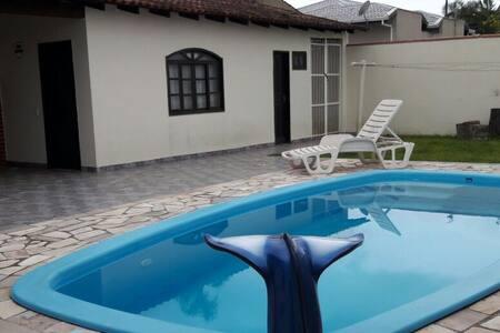 Casa com Piscina na Praia de Itapoa/SC