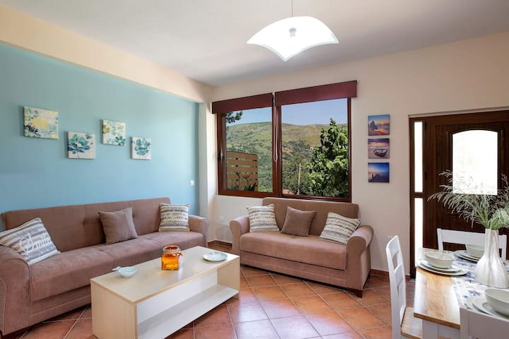 Stylish & Cozy Home, 20 minutes to Elafonisi Beach