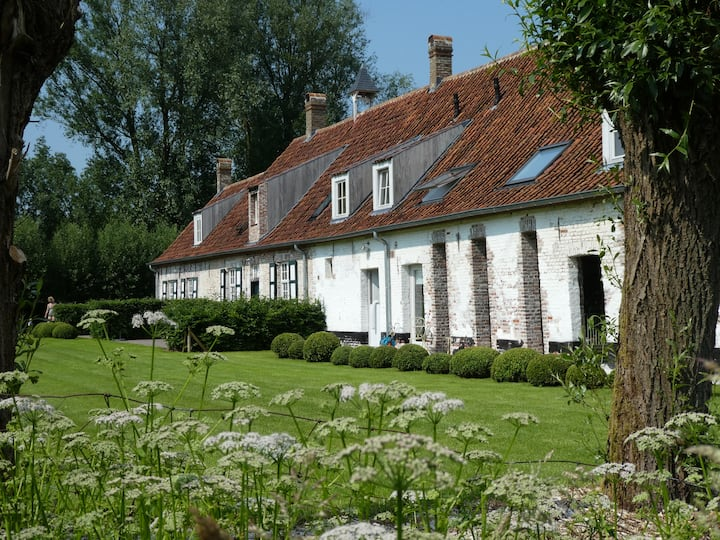 Landhouse in Damme next to Bruges