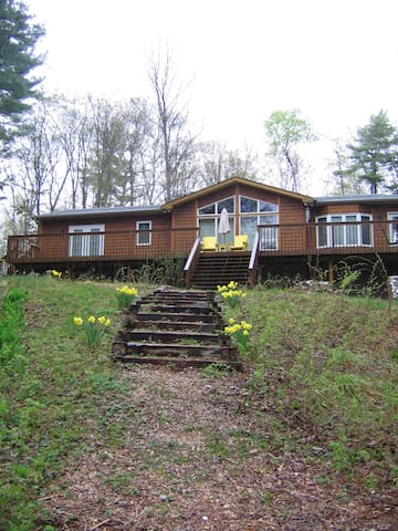 Pine Hill All-Season Cottage - Algonquin Highlands - Talo