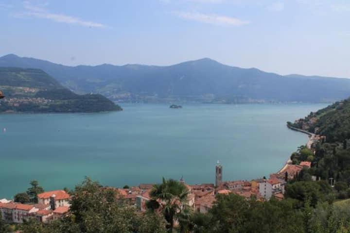 La Barcarola -  beautiful view on lake