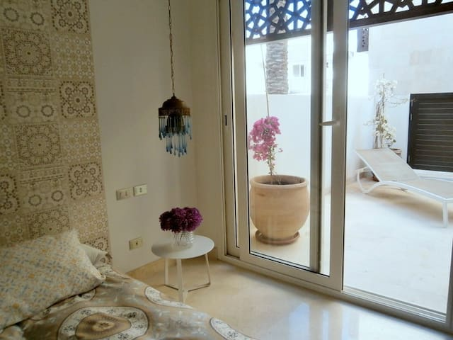 cozy apartment decorated in arabic style