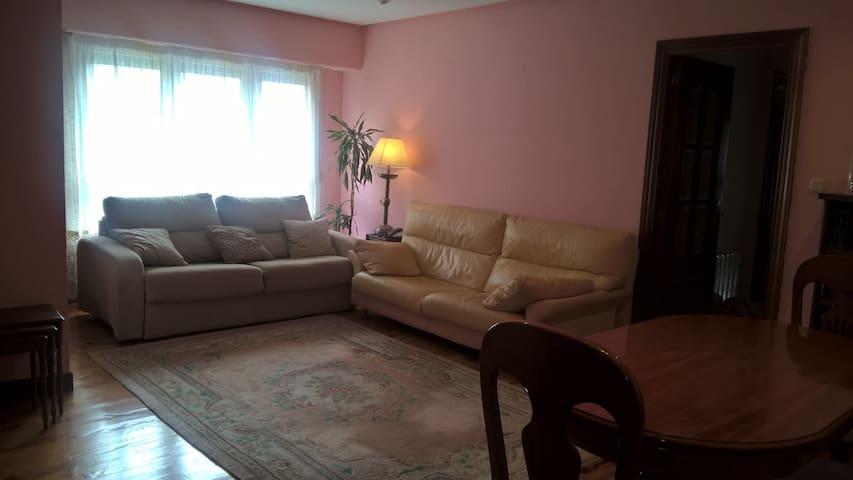 2 habitaciones dobles en San Sebastián , - Donostia - Apartment