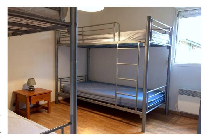 Chambre enfants 4 lits
