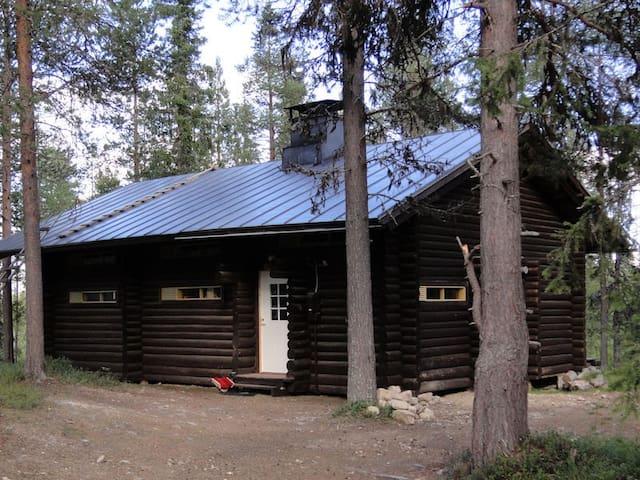 Äkäspirtti cottage in Äkäslompolo - Kolari - Cabaña