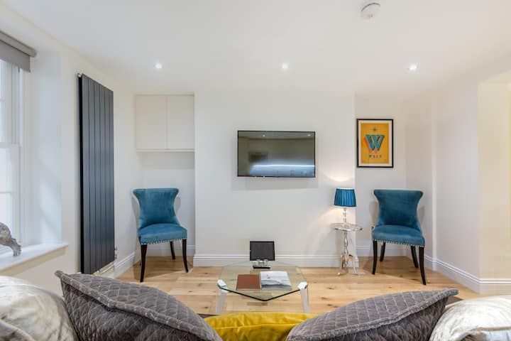🇬🇧 Luxury Apartment, Next to Paddington Station!
