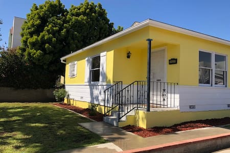 Yellow House in Santa Monica