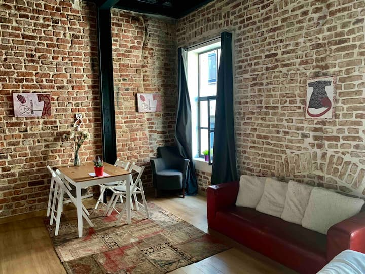 Karakoy loft apartment in historical Building