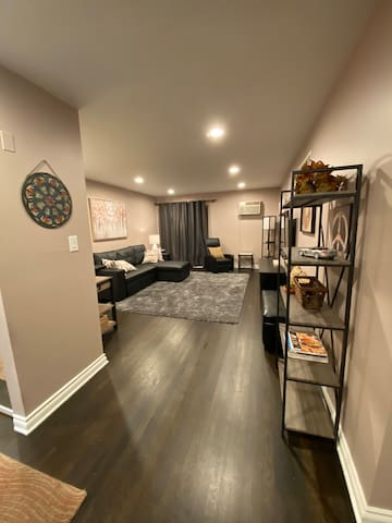 DOWNTOWN FERNDALE UPSCALE CONDO