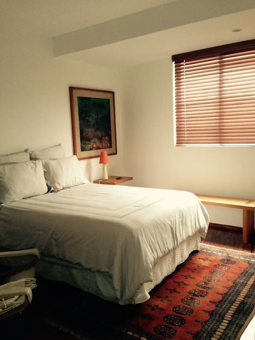 Quiet, confortable, double-bed guest room..