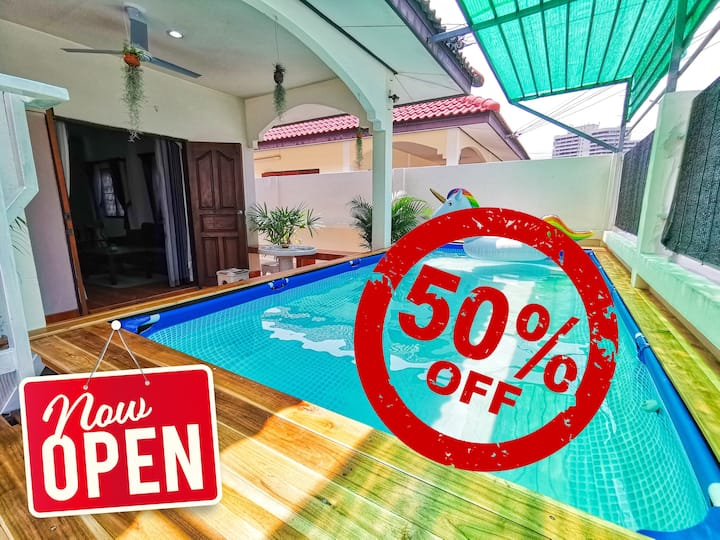 3 beds with Private Pool close to Food Market