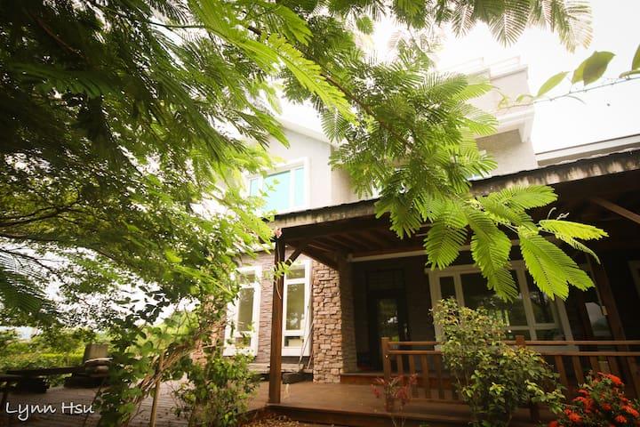 親子友善B&B山景加大雙人床四人房Quad Room-無毒食材早餐 - Ji'an Township - Villa