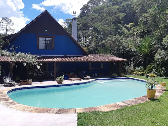 Villa in the mountains - 5 rooms - swimming pool