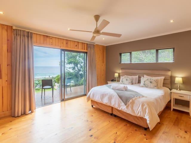 Luxury 2 Bedroom Duplex Chalet - Sea Facing - Chalet 6