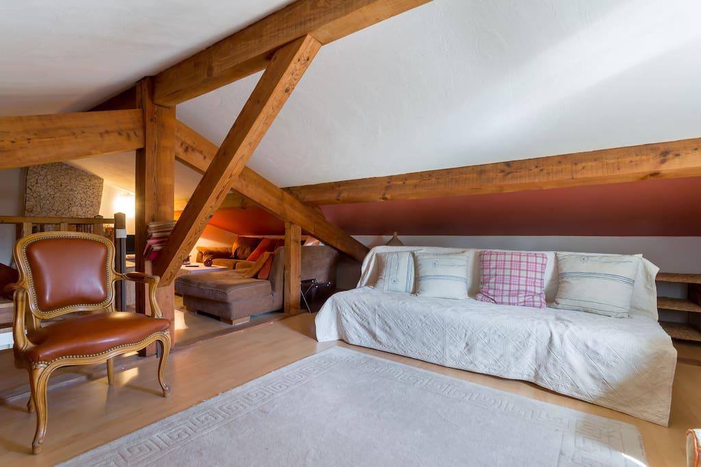 Chambre Amenag E Sous Combles Houses For Rent In Caluire