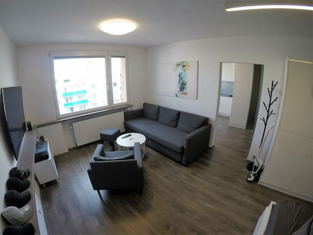 Shared room in stylish flat in center of Pardubice