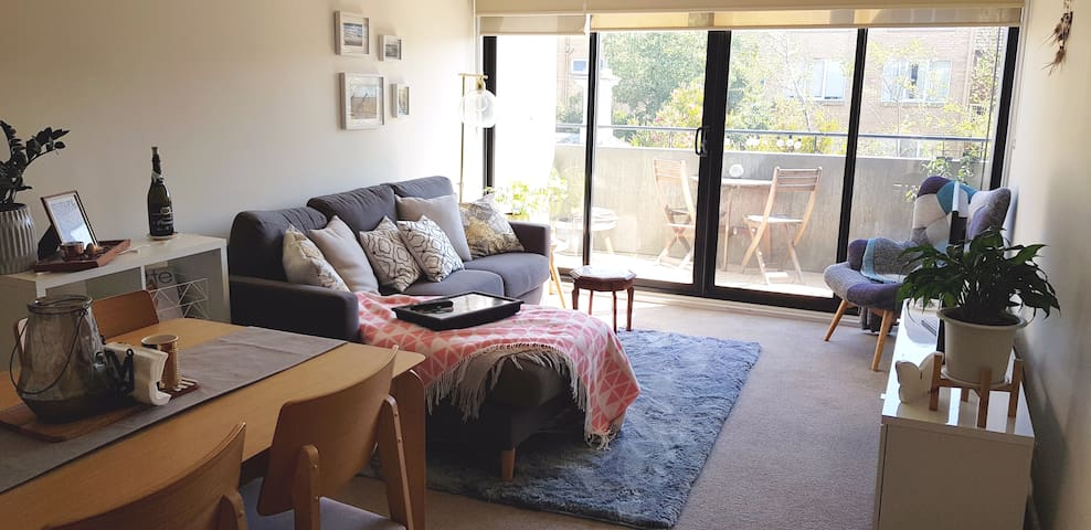 Comfortable base to experience Melbourne