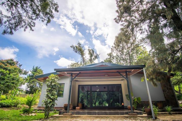 La Roche Kibuye Entire House by Lake Kivu