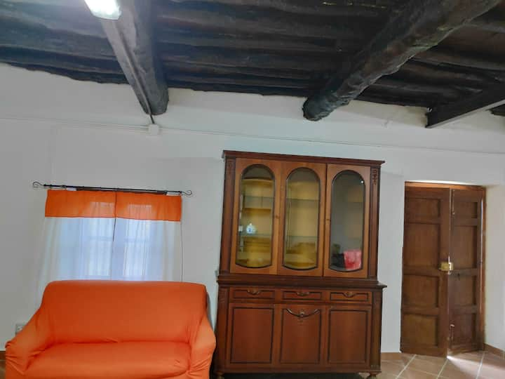 Studio in Mongiove, with enclosed garden - 800 m from the beach