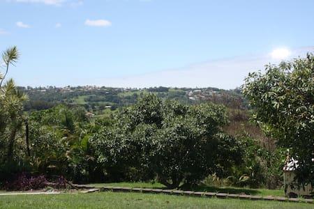 Gladioli Gardens Estate near Byron Bay - Terranora