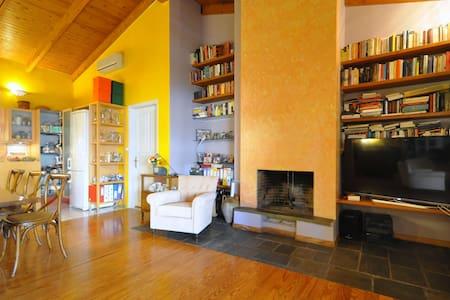 House with an Artistic Taste - Alimos - Villa - 2