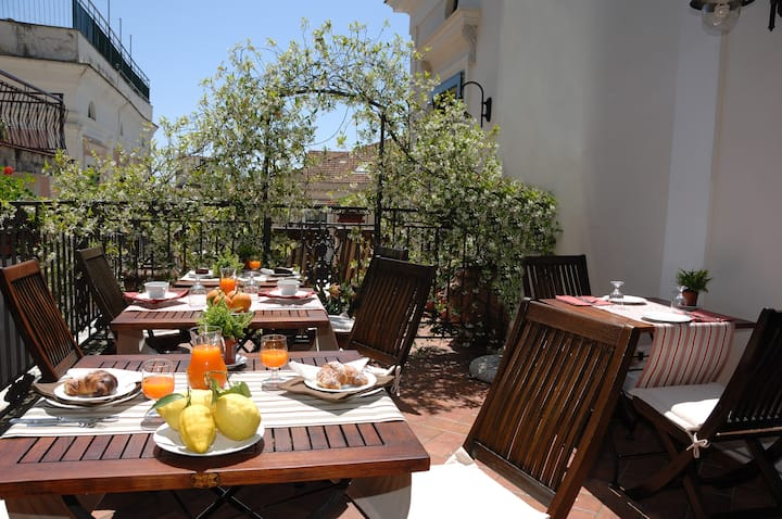 Appartamento con terrazzo nel cuore di Amalfi
